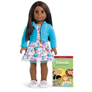GLH02_Truly_Me_Doll_47_Dark_Skin_Dark_Brown_Hair_Brown_Eyes_1