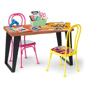 HCJ74_The_Community_Center_Table_Chairs_Set_01
